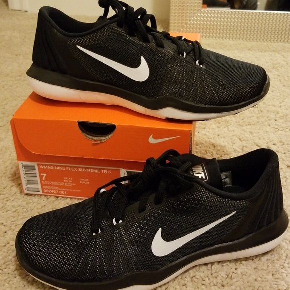 a5679b22e9ed Womens Nike Flex Supreme TR 5
